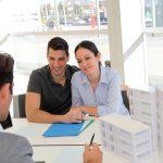 Cuplu la bancă pt. contractare credit